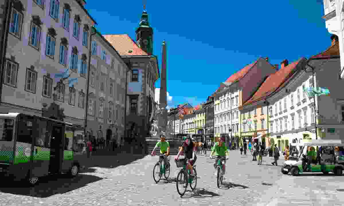 Cycle around the city (Slovenian Tourist Board)
