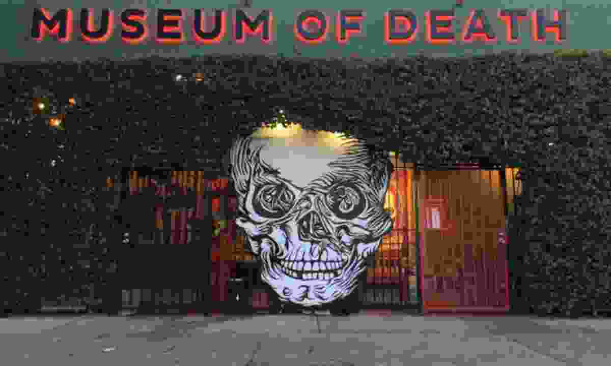 Hollywood's Museum of Death (Museum of Death)