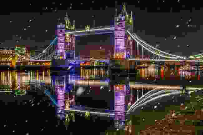 Get an alternative festive view of London from a kayak (Shutterstock)
