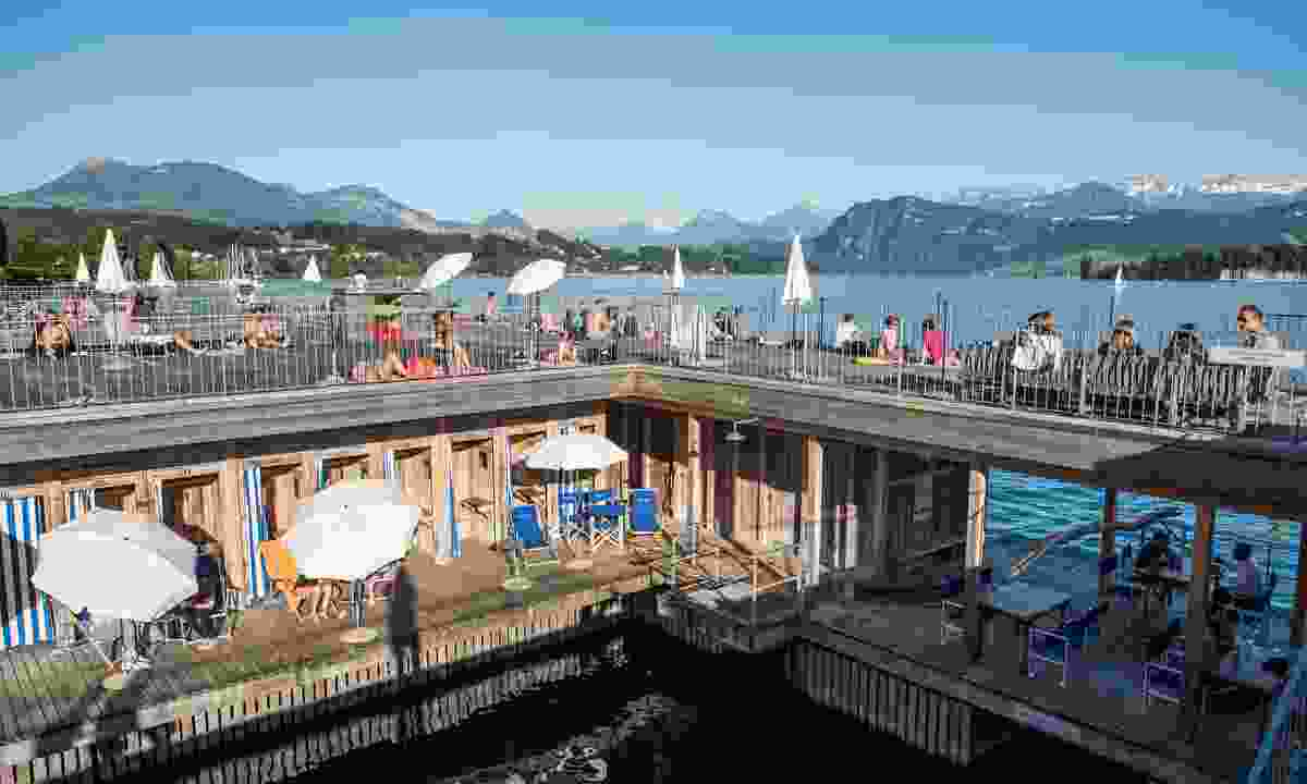 The Lake Pool is a historic lido in Lucerne (Lucerne Tourism Board)