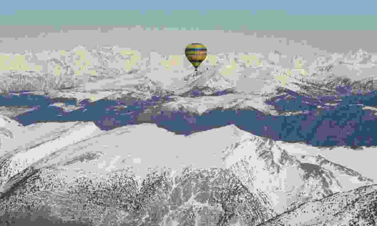 Views from a hot air balloon (Kontiki)