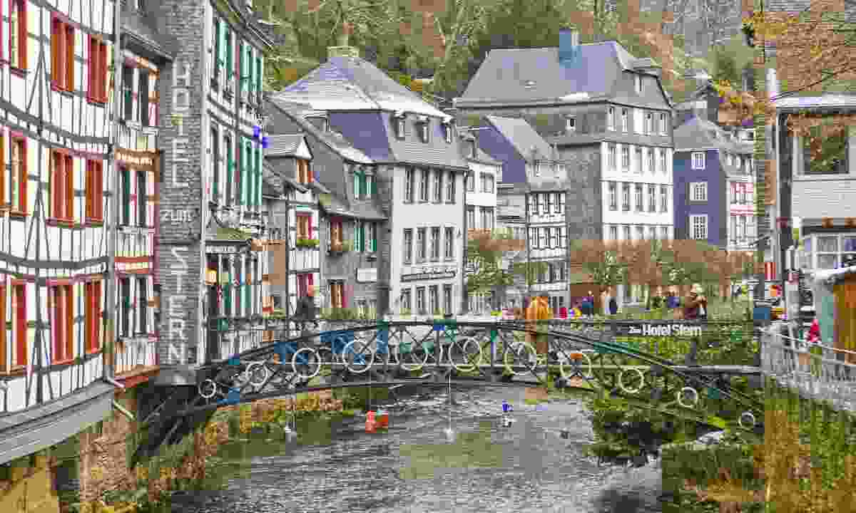 Picturesque Monschau (Tourismus NRW, Oliver Franke)