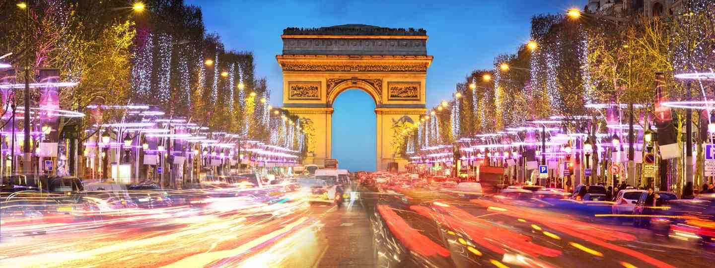 The Arc de Triomphe and the Champs-Élysées at sunset (Dreamstime)