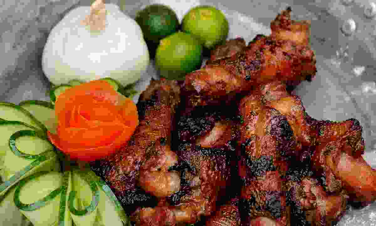 Street food in the Philippines (Dreamstime)
