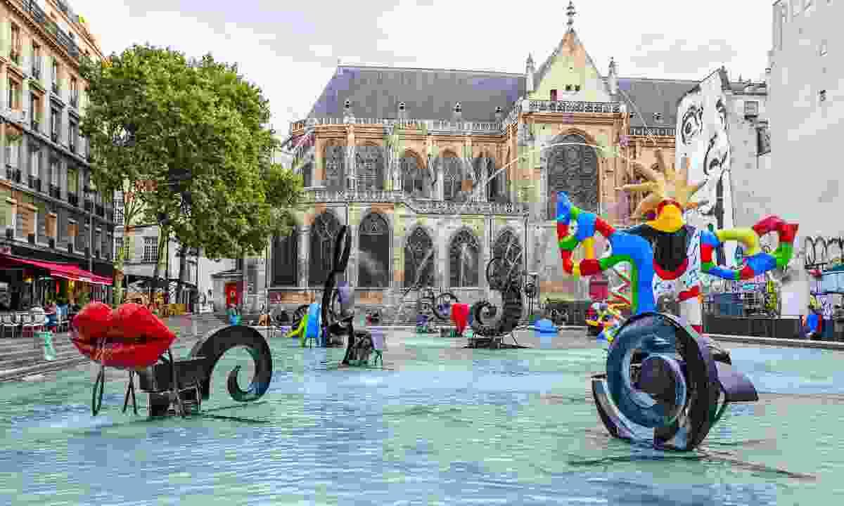 Stravinsky Fountain in Paris (Shutterstock)