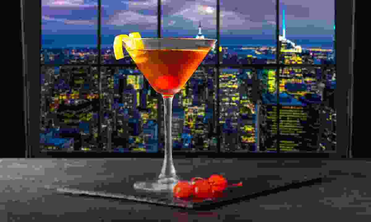 A Manhattan overlooking Manhattan (Shutterstock)