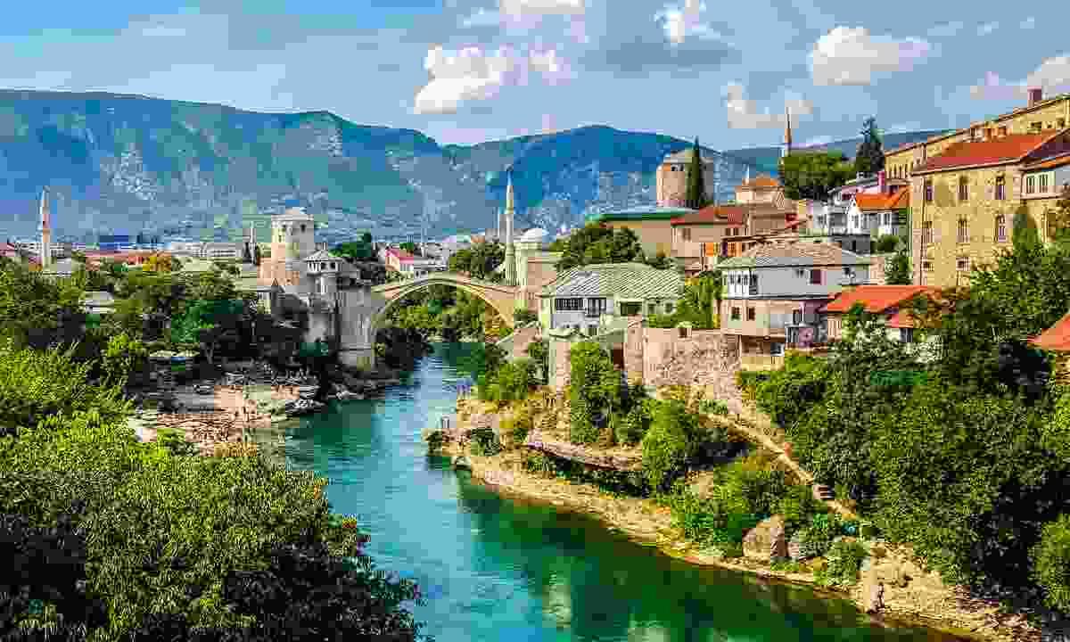 Mostar (Shutterstock)
