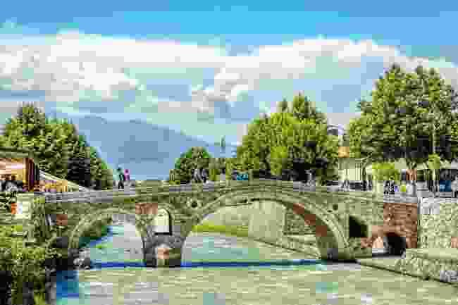 The stone bridge in Prizren old town (Shutterstock)