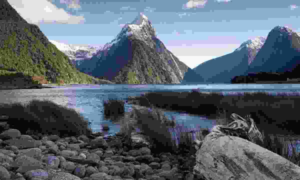 Mitre Peak, Milford Sound (Shutterstock)