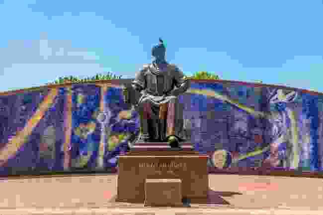 The statue outside of Ulugh Beg's Observatory, Samarkand (Shutterstock)
