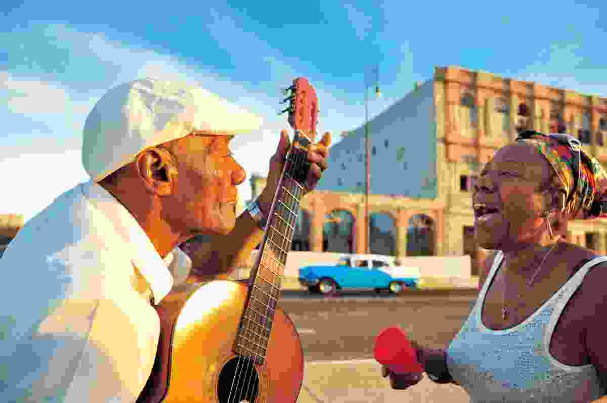 Singing in the streets of Havana, Cuba (Dreamstime)