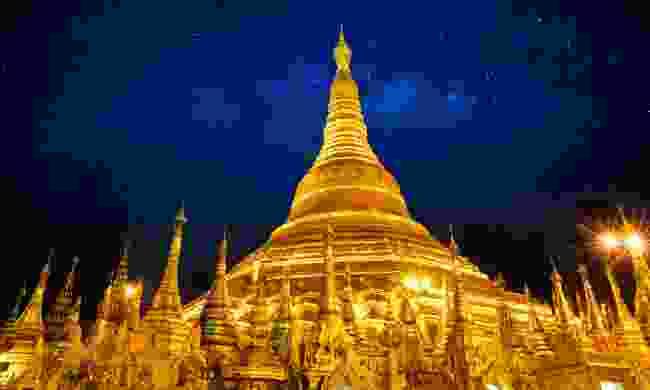 Shwedagon pagoda at night (Shutterstock)