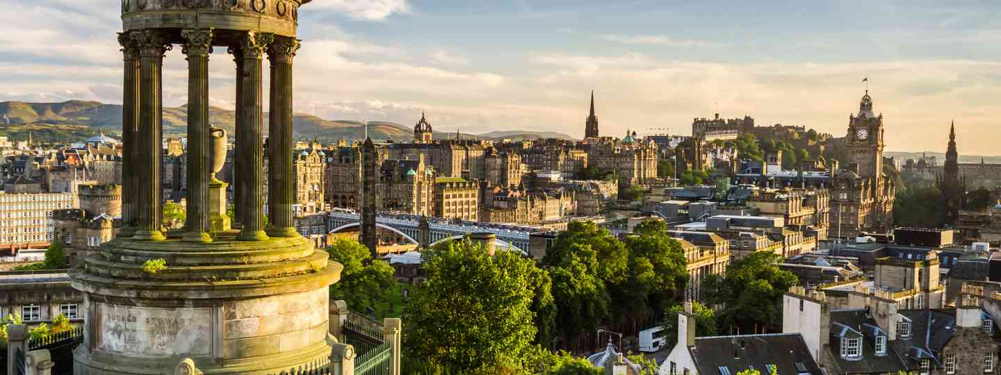 Views over Edinburgh city (Dreamstime)