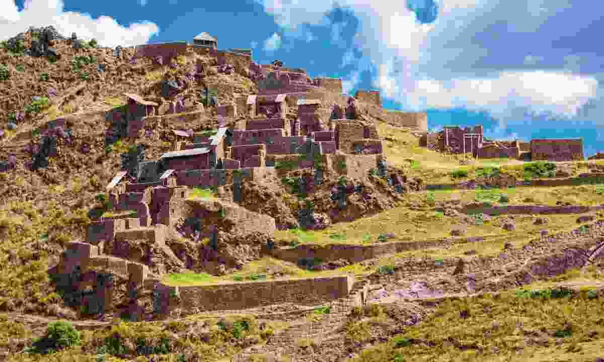 A mini-Machu Picchu citadel stands guard over a charming little town, Pisac (Dreamstime)