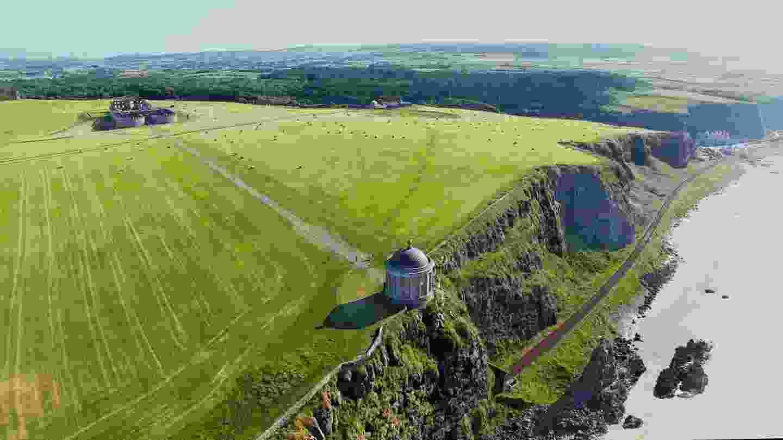 Mussenden Temple and Downhill Demesne, Northern Ireland (Shutterstock)