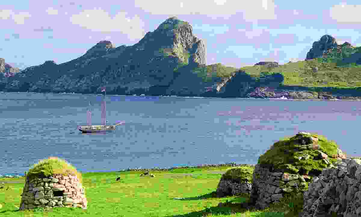 Looking over to Bessie Ellen from the cleits of St Kilda (Phoebe Smith)