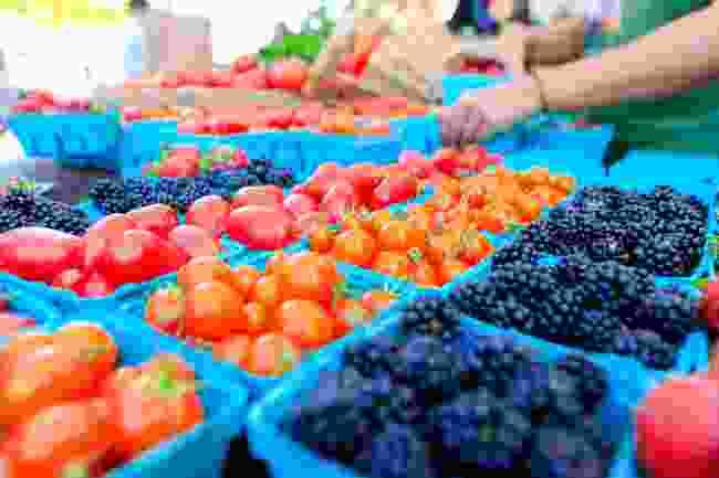 Farmers' markets in California are often vegan-friendly (Shutterstock)