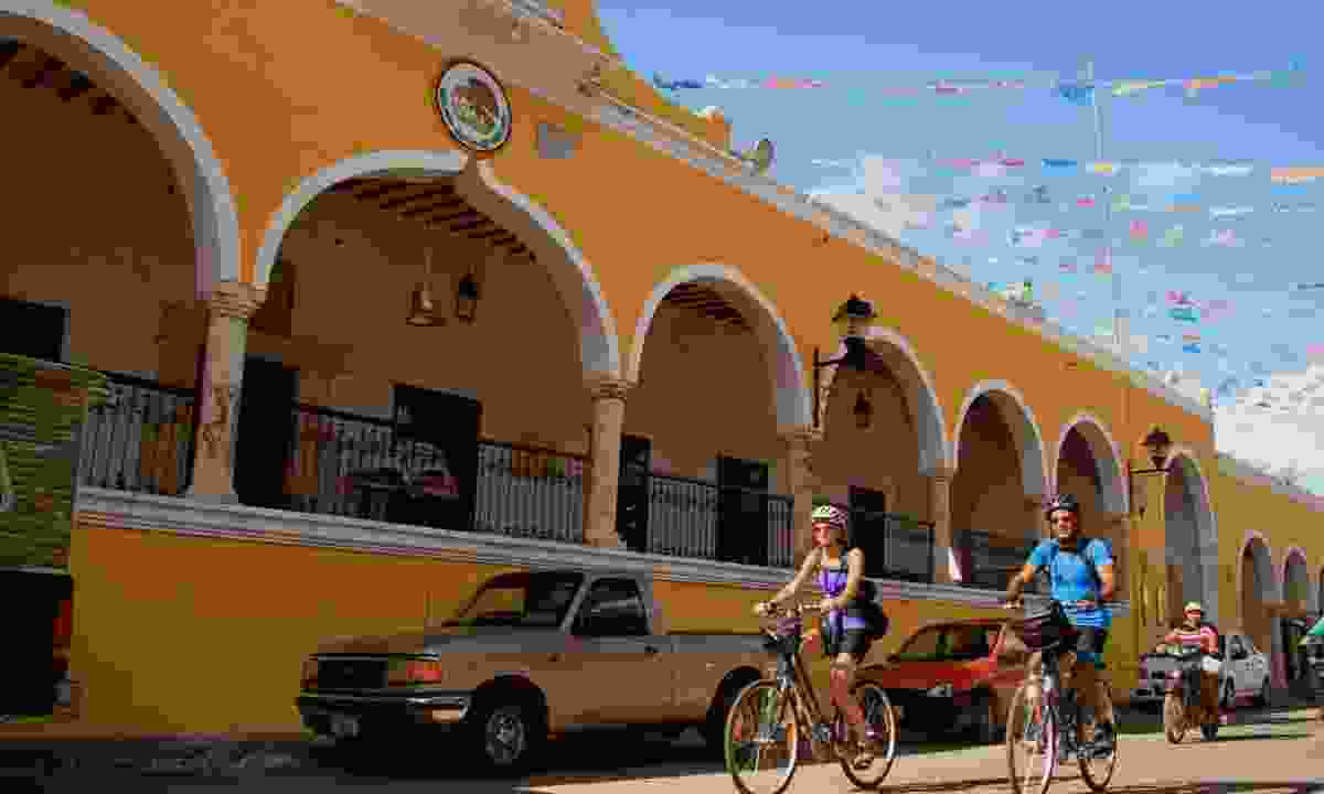 Cycling in the Yucatán (Exodus)