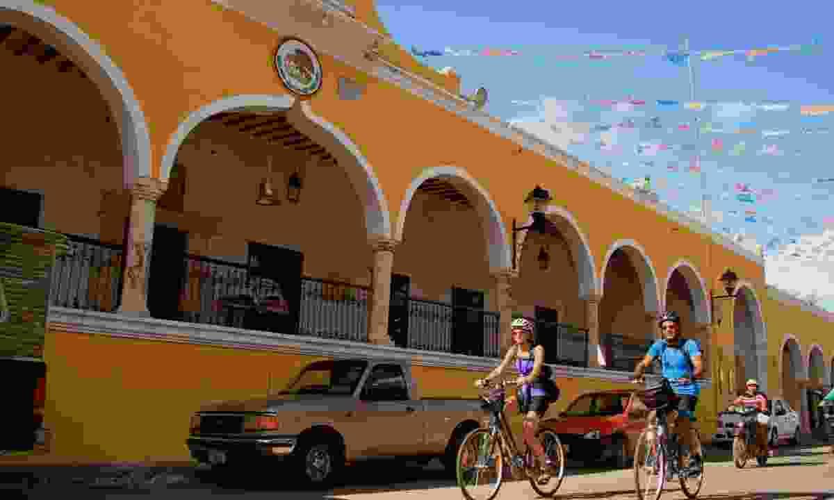 Cycling in the Yucatán (Exodus)