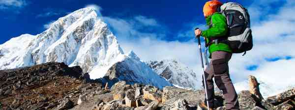 Hiking in Khumbu valley (Dreamstime)