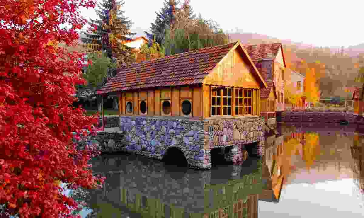 Dilijan in autumn (Shutterstock)