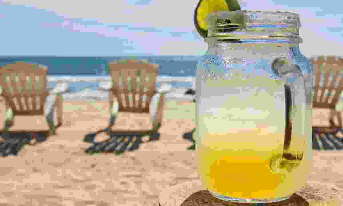 A Margarita on the beach in Mexico (Shutterstock)