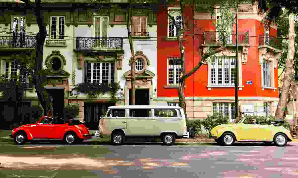 Classic VWs in Mexico City (the travelingbeetle.com)