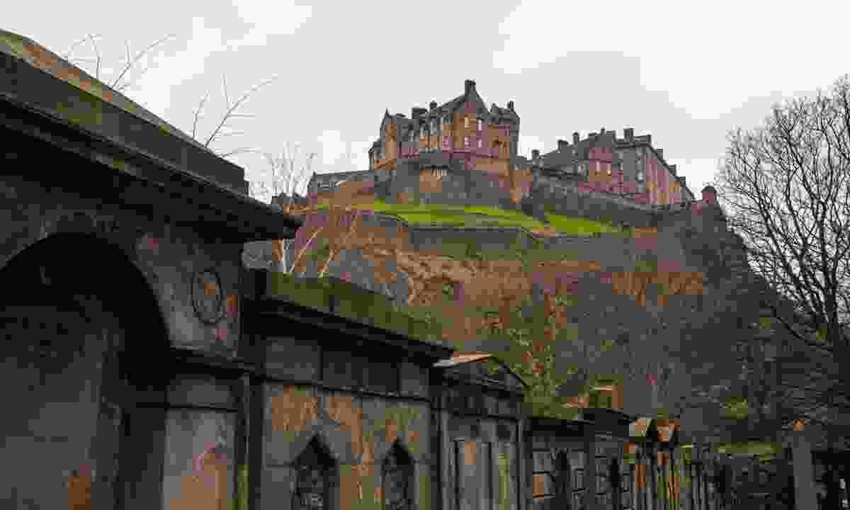 Edinburgh Castle (Dreamstime)