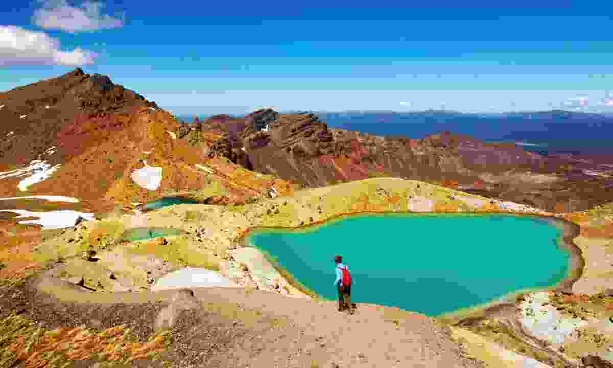 Emerald Lakes, Tongariro National Park, New Zealand (Dreamstime)