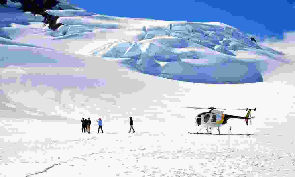 Helicopter on Franz Josef Glacier (Dreamstime)