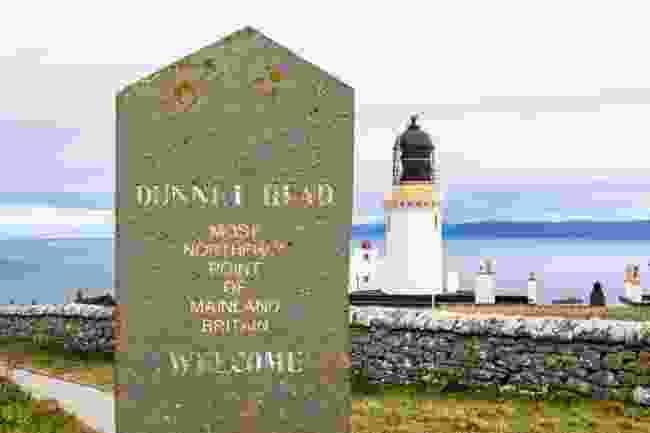 Dunnet Head and Dunnet Head Lighthouse (Kav Dadfar)