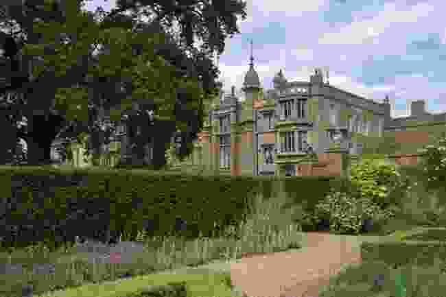 Knebworth House (Shutterstock)