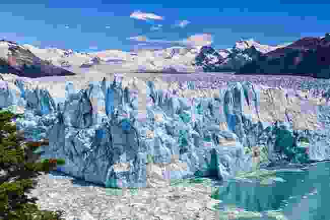 The goliath Perito Moreno Glacier in Argentina (Shutterstock)