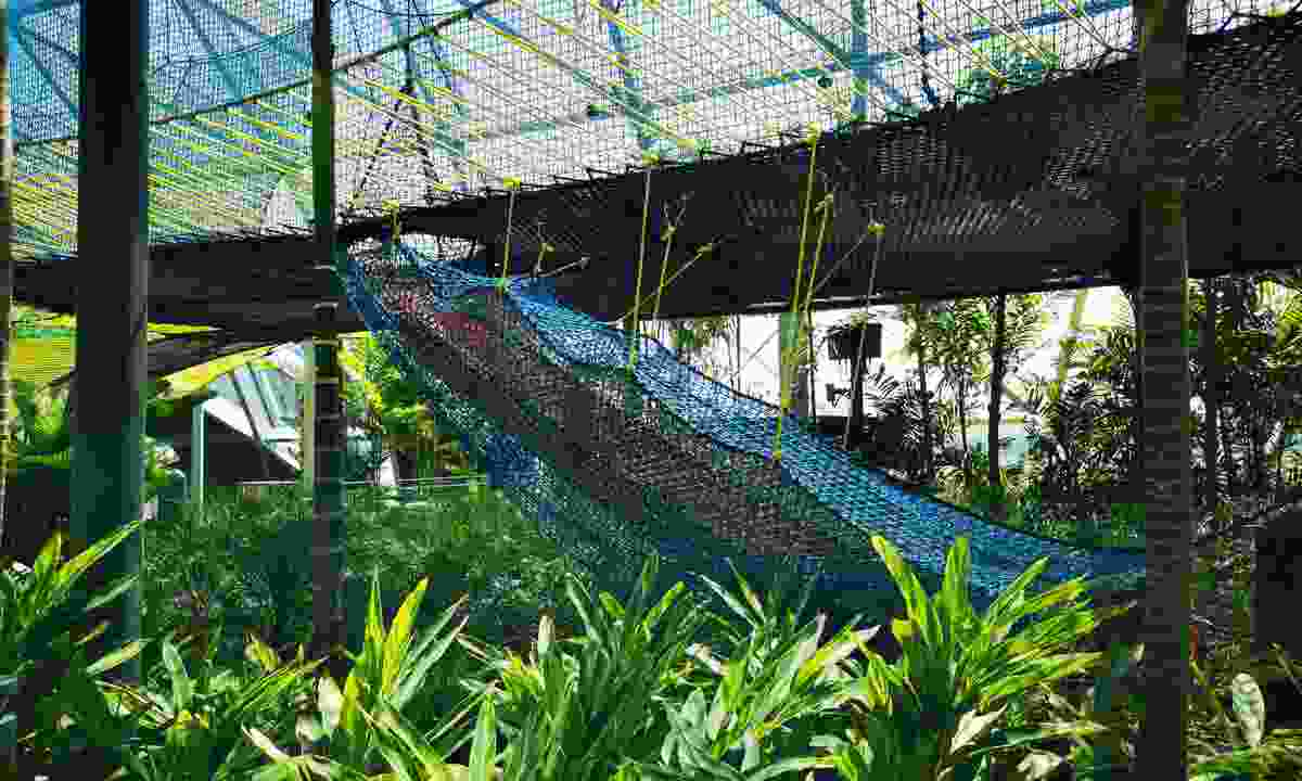 Sky nets at Changi airport (Shutterstock)