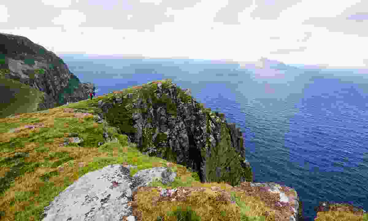 The view from the top of Hirta looking over to Boreray (Phoebe Smith)