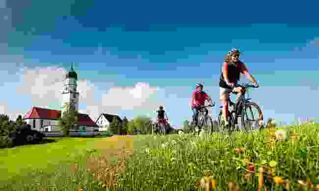 Pedal your way across three countries (Saddle Skedaddle)