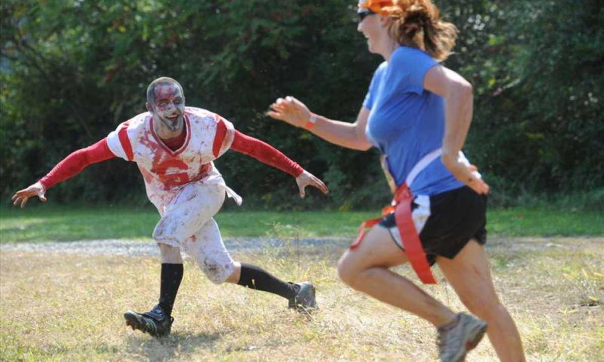 Attack of the zombies (thezombiemudrun.com)