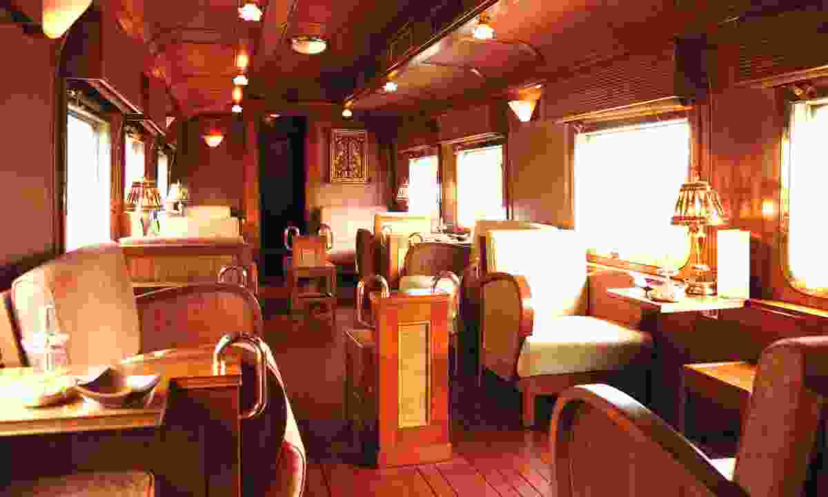The bar on board the Eastern and Orient (Belmond.com)