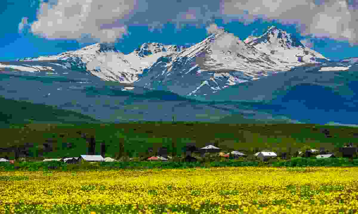 Mount Aragats (Shutterstock)