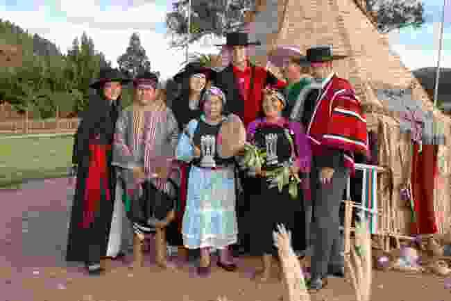 Mapuche locals in Chile (travelArt Chile)