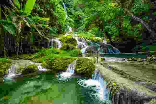 Cascades on Efate Island, Vanuatu (Shutterstock)