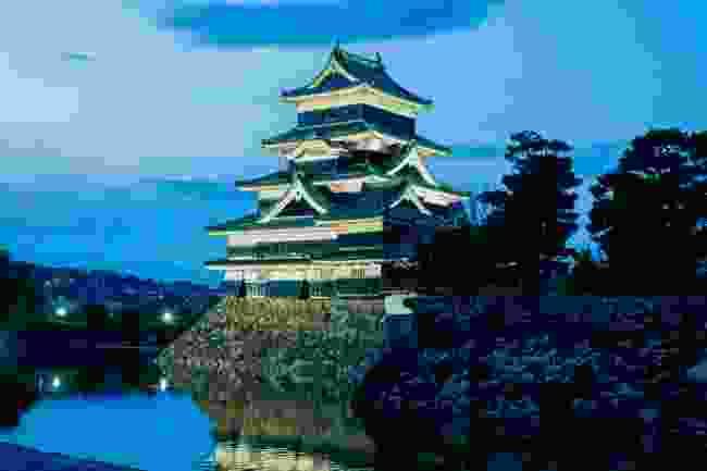 Visit Matsumoto Castle
