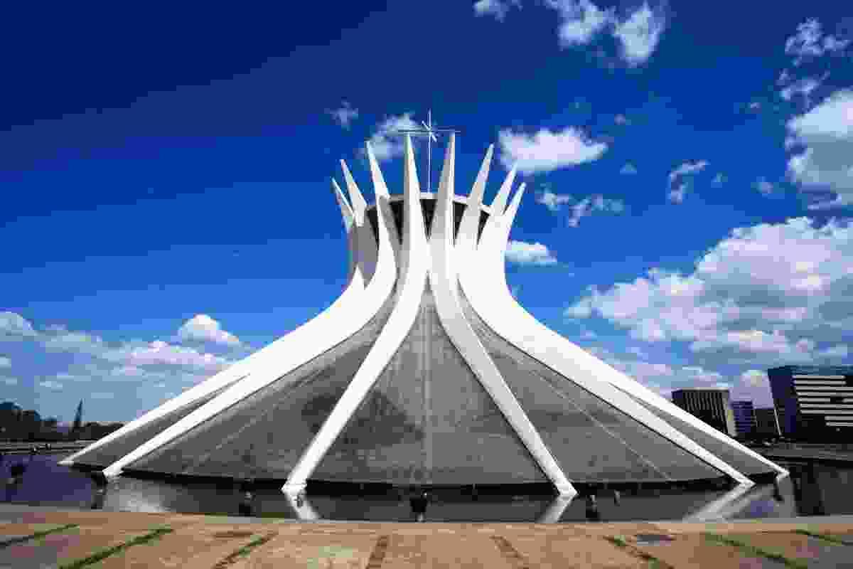 Catedral Metropolitana Nossa Senhora Aparecida, Brasilia (Dreamstime)