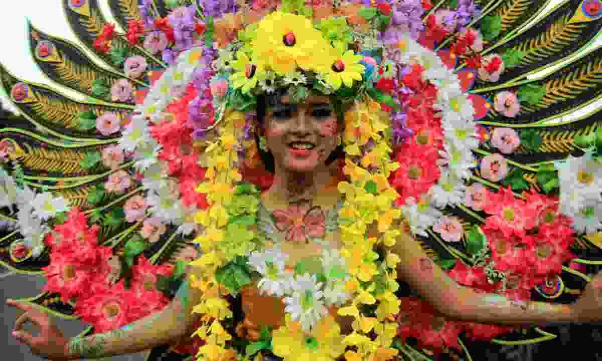 Celebrating Medellin's Festival of Flowers (Shutterstock)
