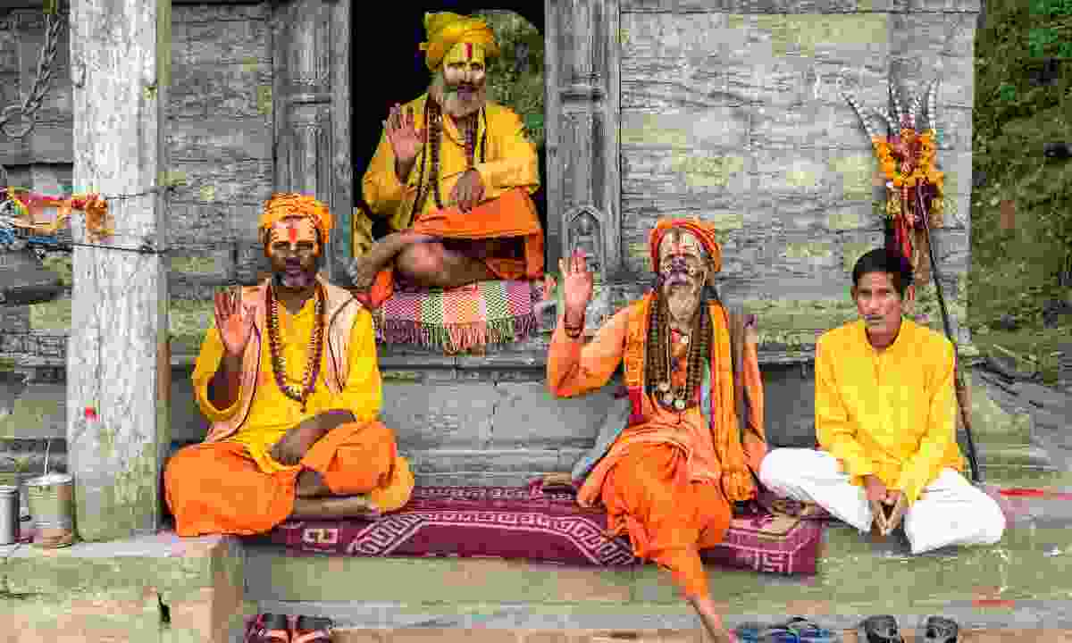 Sadhus at Pashupatinath Temple (Shutterstock)