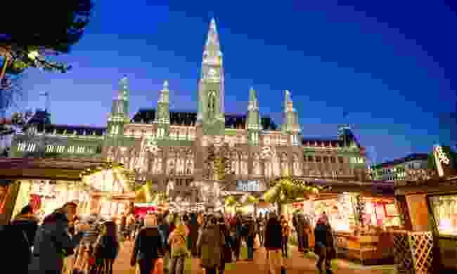 Vienna Christmas Market (Dreamstime)
