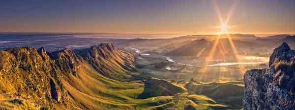 Tongariro National Park, New Zealand (Dreamstime)