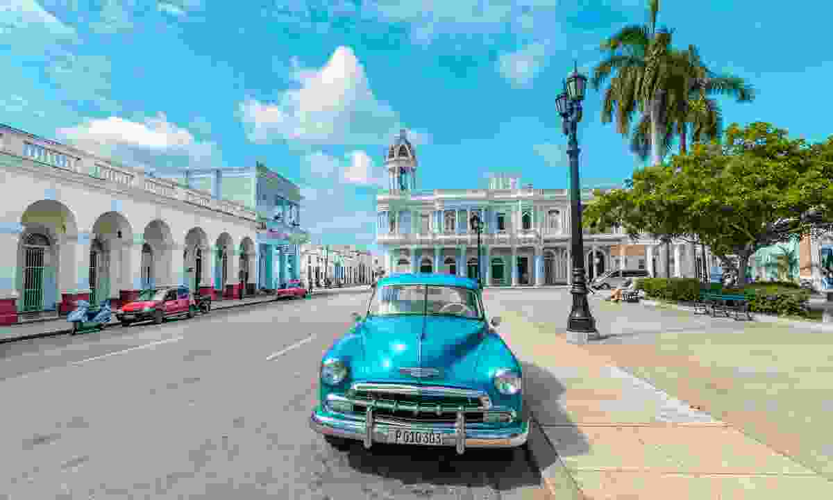 Classic Cuban car in Cienfuegos (Shutterstock)