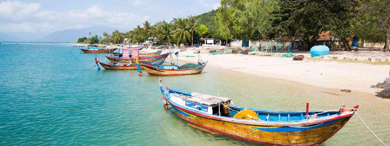 Seascape in Vietnam (Shutterstock)