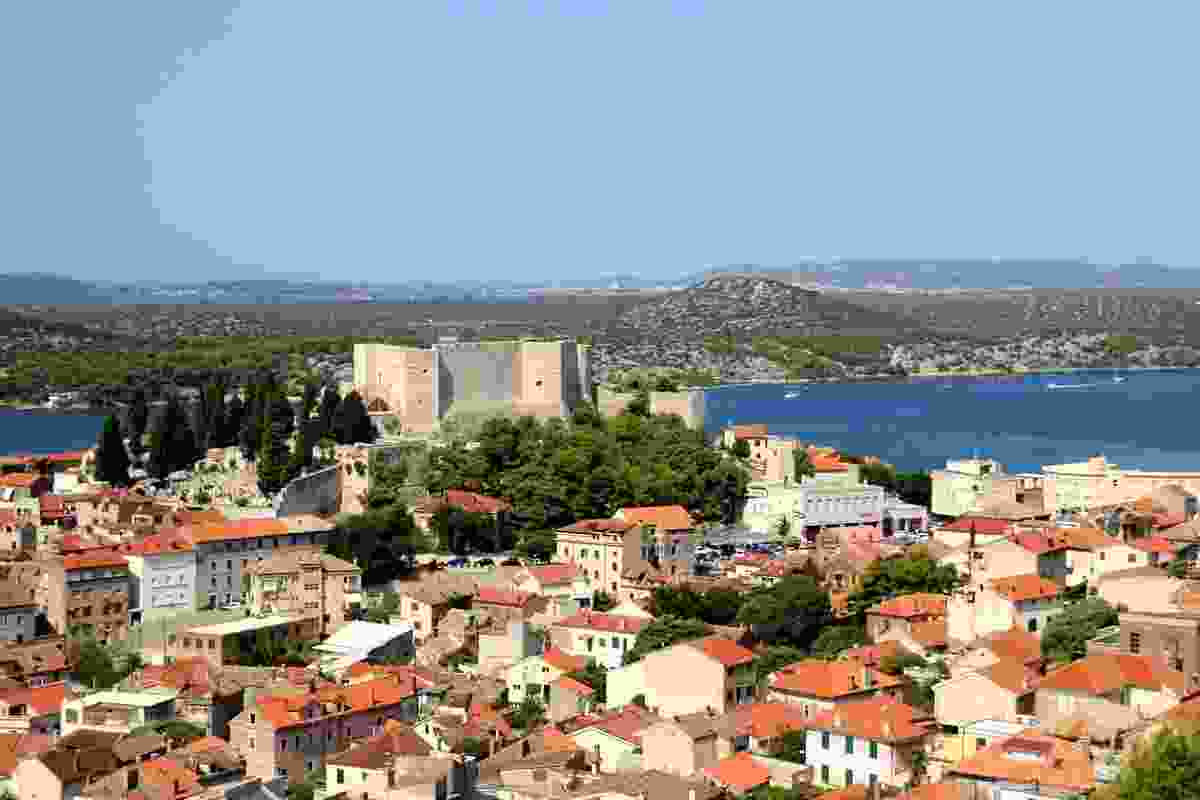 A view of St Michael's Castle among Šibenik's orange roofs (Shutterstock)
